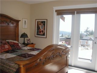 """Photo 6: 14 728 GIBSONS Way in Gibsons: Gibsons & Area Townhouse for sale in """"Island View Lanes"""" (Sunshine Coast)  : MLS®# V828338"""