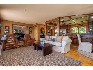 Photo 5: 3281 ATKINSON Lane in Abbotsford: Matsqui House for sale : MLS®# R2071106