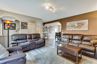Photo 7: 955 PRESTWICK Circle SE in Calgary: McKenzie Towne Detached for sale : MLS®# C4257598