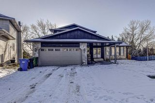 Photo 1: 11 Hawkslow Place NW in Calgary: Hawkwood Detached for sale : MLS®# A1050664