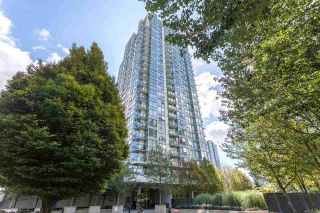"""Photo 16: 2003 939 EXPO Boulevard in Vancouver: Yaletown Condo for sale in """"THE MAX"""" (Vancouver West)  : MLS®# R2102471"""