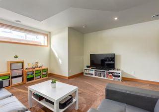 Photo 35: 3322 41 Street SW in Calgary: Glenbrook Detached for sale : MLS®# A1069634