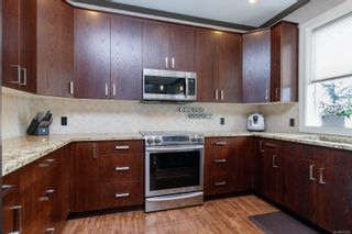 Photo 10: 164 LeVista Pl in : VR View Royal House for sale (View Royal)  : MLS®# 873610