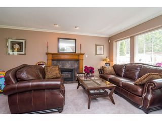 """Photo 3: 20873 72 Avenue in Langley: Willoughby Heights House for sale in """"Smith Development Plan"""" : MLS®# R2093077"""