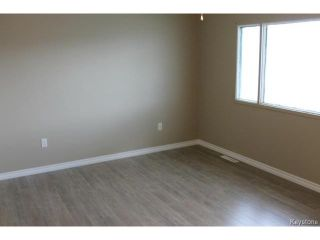 Photo 5: 1343 Logan Avenue in WINNIPEG: Brooklands / Weston Residential for sale (West Winnipeg)  : MLS®# 1415216