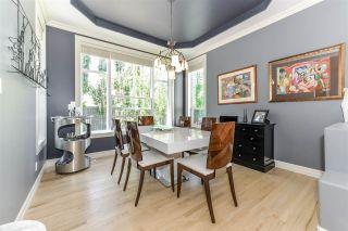 Photo 4: 335 DARLINGTON Crescent in Edmonton: Zone 20 House for sale : MLS®# E4215351