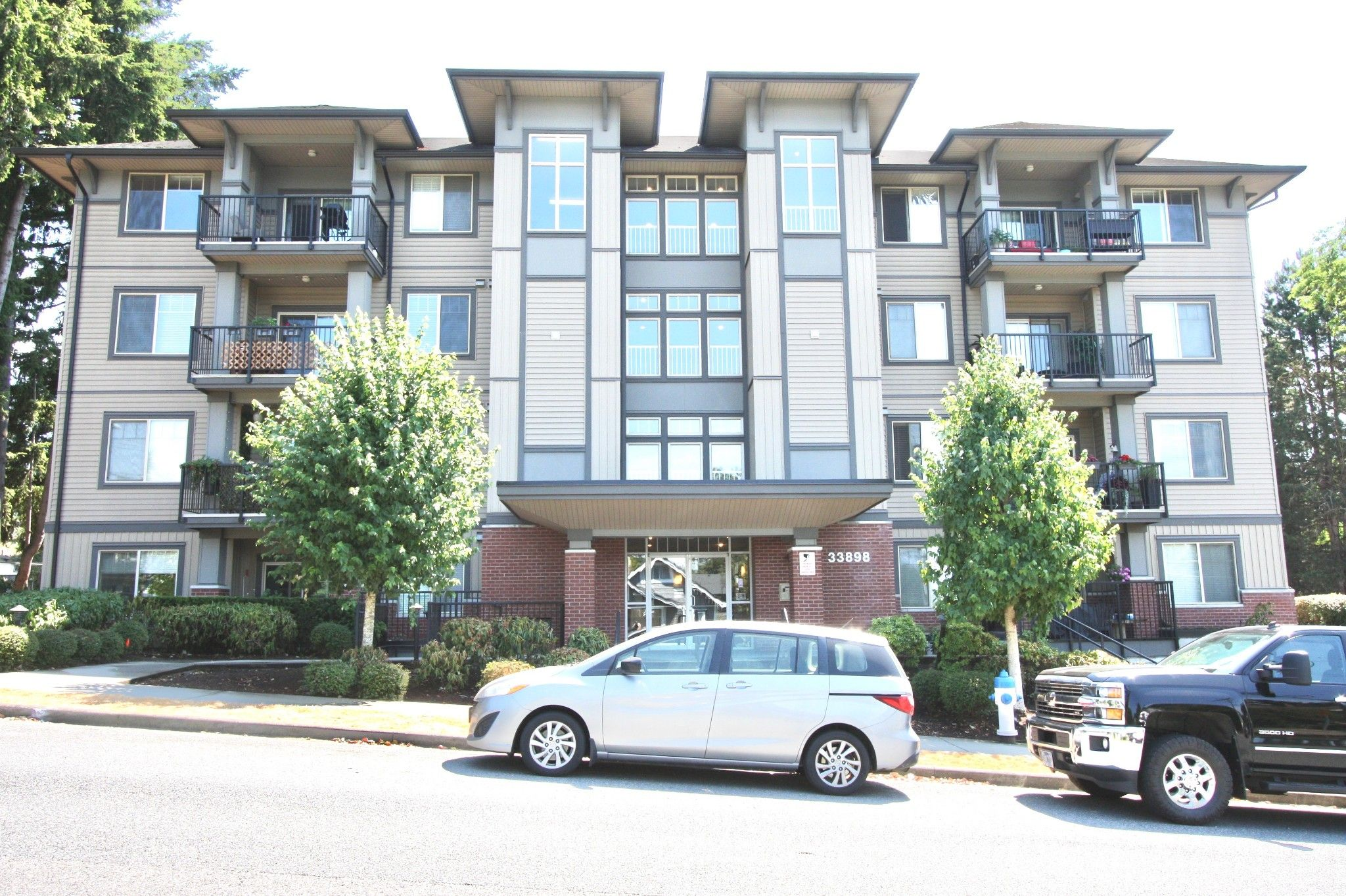 Main Photo: 311 33898 Pine Street in Abbotsford: Central Abbotsford Condo for sale : MLS®# R2601306