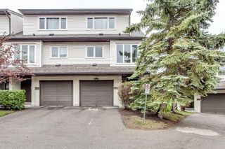 Photo 1: 31 1012 RANCHLANDS Boulevard NW in Calgary: Ranchlands House for sale : MLS®# C4117737