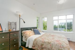 """Photo 8: 1645 MCLEAN Drive in Vancouver: Grandview VE Townhouse for sale in """"COBB HILL"""" (Vancouver East)  : MLS®# R2271073"""