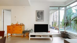 Photo 5: 306 135 W 2ND Street in North Vancouver: Lower Lonsdale Condo for sale : MLS®# R2621466