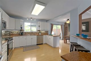 """Photo 8: 3824 KILLARNEY Street in Port Coquitlam: Lincoln Park PQ House for sale in """"LINCOLN PARK"""" : MLS®# R2387777"""