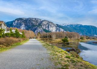 """Photo 29: 37 1188 MAIN Street in Squamish: Downtown SQ Townhouse for sale in """"Soleil at Coastal Village"""" : MLS®# R2550512"""