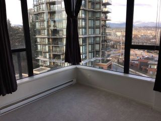 """Photo 8: 805 11 E ROYAL Avenue in New Westminster: Fraserview NW Condo for sale in """"VICTORIA HILL"""" : MLS®# R2138405"""