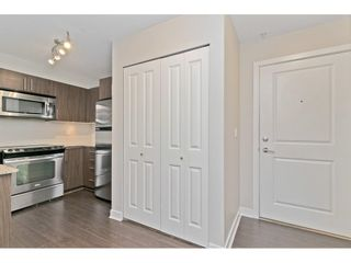"Photo 4: 216 8915 202 Street in Langley: Walnut Grove Condo for sale in ""Hawthorne"" : MLS®# R2573295"