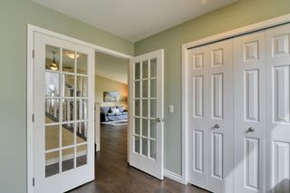 Photo 26: 104 Stratton Hill Rise SW in Calgary: Strathcona Park Detached for sale : MLS®# A1120413