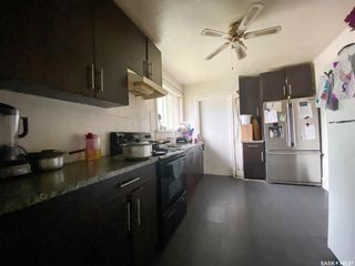 Photo 8: 827 Idylwyld Drive North in Saskatoon: Caswell Hill Residential for sale : MLS®# SK845774