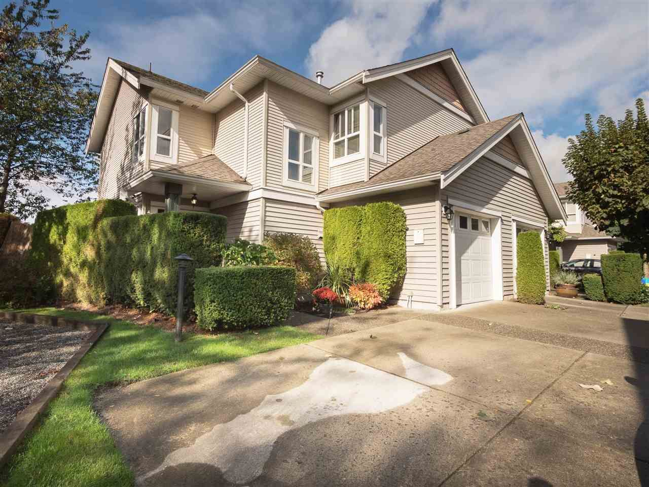 """Main Photo: 8 6513 200 Street in Langley: Willoughby Heights Townhouse for sale in """"Logan Creek"""" : MLS®# R2213633"""