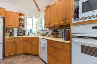Photo 12: 9320/9316 Lochside Dr in : NS Bazan Bay House for sale (North Saanich)  : MLS®# 886022