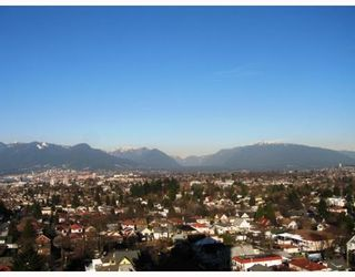 """Photo 4: 4028 Knight Street in Vancouver: Knight Condo for sale in """"King Edward Village"""" (Vancouver East)  : MLS®# V801139"""
