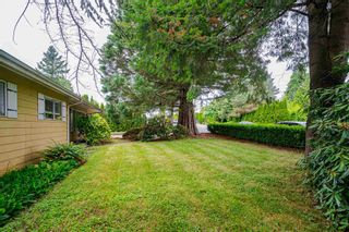 Photo 5: 26492 29 Avenue in Langley: Aldergrove Langley House for sale : MLS®# R2597876