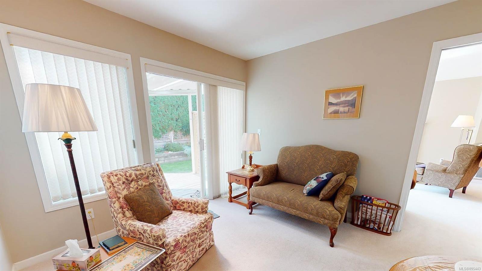 Photo 3: Photos: 1294 Leeward Way in : PQ Qualicum Beach House for sale (Parksville/Qualicum)  : MLS®# 855443