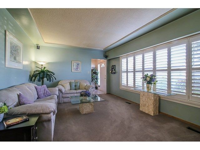 Photo 4: Photos: 7689 DAVIES ST in Burnaby: Edmonds BE House for sale (Burnaby East)  : MLS®# V1139774