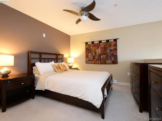 Photo 14: 102 820 Short St in VICTORIA: SE Quadra Row/Townhouse for sale (Saanich East)  : MLS®# 776199