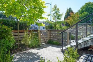 Photo 10: TH2 2433 W BROADWAY Street in Vancouver: Kitsilano Townhouse for sale (Vancouver West)  : MLS®# R2605228