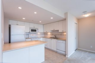 """Photo 10: 1603 615 HAMILTON Street in New Westminster: Uptown NW Condo for sale in """"THE UPTOWN"""" : MLS®# R2618482"""