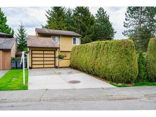 Photo 2: 7306 PARKWOOD Drive in Surrey: West Newton House for sale : MLS®# R2575072