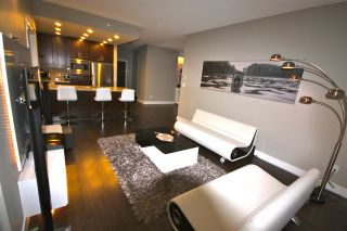 "Photo 3: 806 1415 PARKWAY Boulevard in Coquitlam: Westwood Plateau Condo for sale in ""Casade"" : MLS®# R2010040"