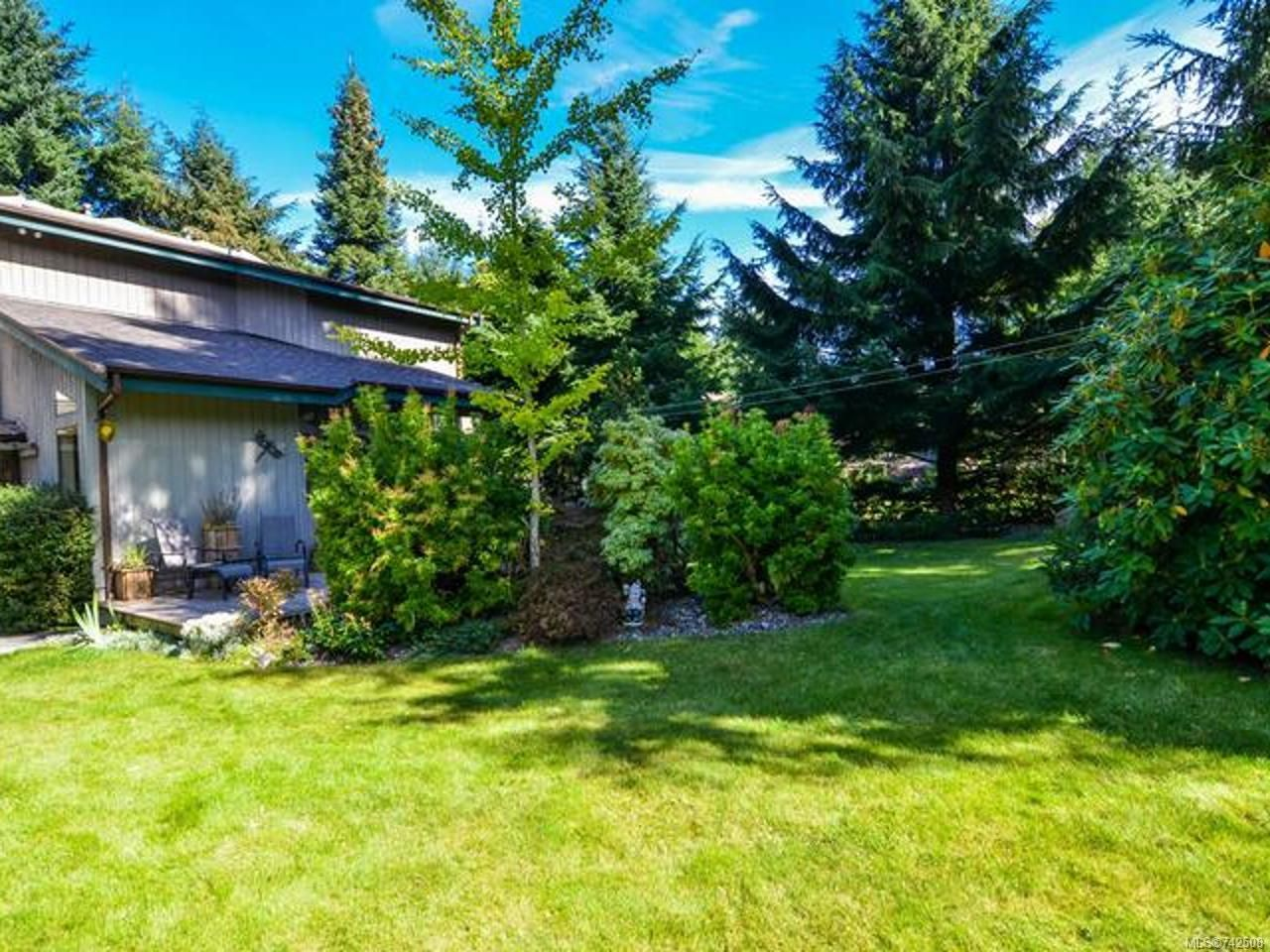 Main Photo: 211 Finch Rd in CAMPBELL RIVER: CR Campbell River South House for sale (Campbell River)  : MLS®# 742508