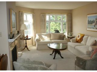 Photo 3: 314 2800 CHESTERFIELD Avenue in North Vancouver: Upper Lonsdale Condo for sale : MLS®# V1069313
