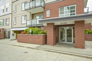 """Photo 25: 205 6468 195A Street in Surrey: Clayton Condo for sale in """"Yale Bloc Building 1"""" (Cloverdale)  : MLS®# R2456985"""