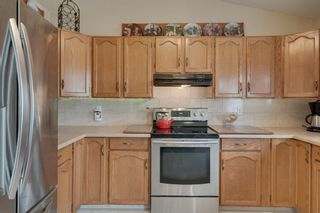 Photo 12: 17 Shannon Circle SW in Calgary: Shawnessy Detached for sale : MLS®# A1105831