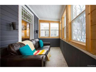 Photo 3: 304 Arnold Avenue in Winnipeg: Fort Rouge Residential for sale (1Aw)  : MLS®# 1700584