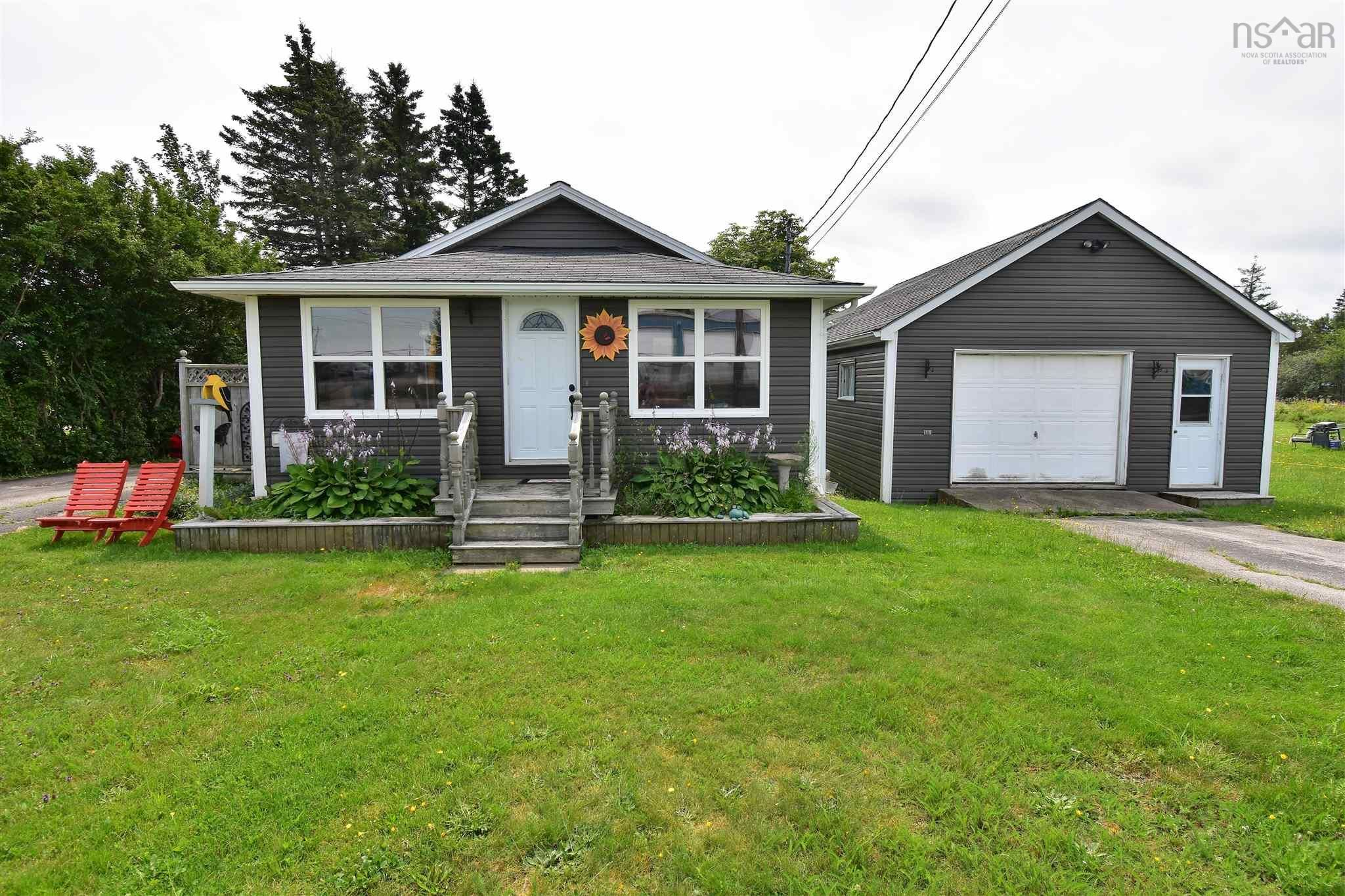 Main Photo: 57 SYDNEY Street in Digby: 401-Digby County Residential for sale (Annapolis Valley)  : MLS®# 202121302