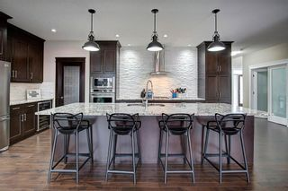 Photo 11: 120 KINNIBURGH Circle: Chestermere Detached for sale : MLS®# C4289495