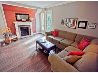 """Photo 1: 1807 LILAC Drive in Surrey: King George Corridor Townhouse for sale in """"ALDERWOOD PLACE"""" (South Surrey White Rock)  : MLS®# F1321889"""
