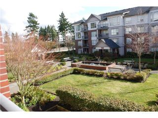 Photo 2: 205 15188 22ND Ave in South Surrey White Rock: Sunnyside Park Surrey Home for sale ()  : MLS®# F1425393