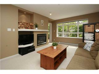 Photo 4: 102 3142 ST JOHNS Street in Port Moody: Port Moody Centre Condo for sale : MLS®# V930148