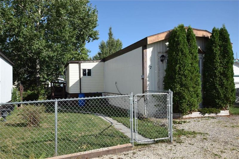 FEATURED LISTING: 7 KUHARSKI Crescent St Clements