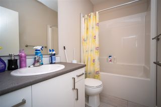 """Photo 14: 91 8413 MIDTOWN Way in Chilliwack: Chilliwack W Young-Well Townhouse for sale in """"MIDTOWN"""" : MLS®# R2540807"""