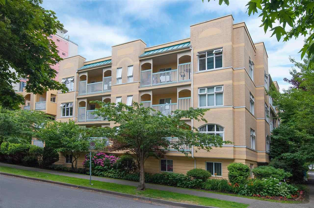 """Main Photo: 305 1125 GILFORD Street in Vancouver: West End VW Condo for sale in """"Gilford Court"""" (Vancouver West)  : MLS®# R2011712"""