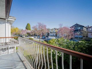 Photo 4: 2817 E 21ST Avenue in Vancouver: Renfrew Heights House for sale (Vancouver East)  : MLS®# R2558732
