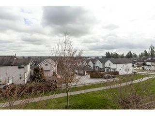 """Photo 16: 15 6036 164 Street in Surrey: Cloverdale BC Townhouse for sale in """"Arbour Village"""" (Cloverdale)  : MLS®# R2445991"""