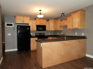 Photo 7: 455 Brooklyn Crescent in Warman: Residential for sale : MLS®# SK859831