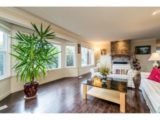 Photo 3: 23737 46B Avenue in Langley: Salmon River House for sale : MLS®# R2557041