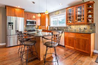 Photo 3: 2257 June Rd in : CV Courtenay North House for sale (Comox Valley)  : MLS®# 865482
