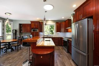 Photo 4: 3809 Woodland Dr in : CR Campbell River South House for sale (Campbell River)  : MLS®# 871866